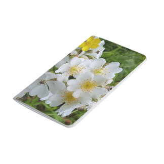 白い野生の花のテーマのノート ポケットジャーナル
