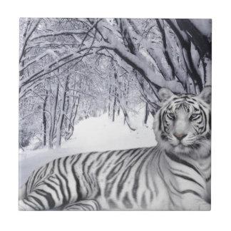 白い雪のトラ タイル