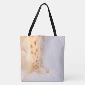 白い雪の金ぽっちゃりしたオオヤマネコ猫の足 トートバッグ