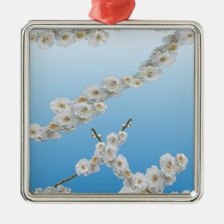 白い韓国の桜 メタルオーナメント