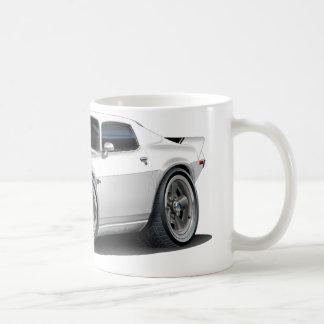白い1970-73年のCamaroかBlk コーヒーマグカップ