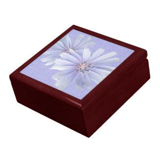 白い《植物》スイレンの野生の花 ギフトボックス