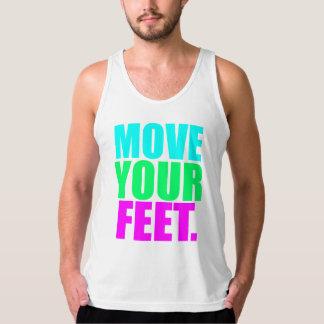 """白い""""移動あなたの足""""。 ロゴのタンクトップ タンクトップ"""