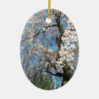白い、花盛りの木 セラミックオーナメント
