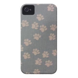 白いPawprints Case-Mate iPhone 4 ケース