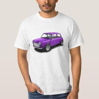 白いTシャツのクラシックな紫色の小型車 Tシャツ