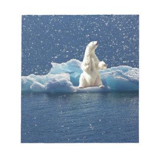 白くまの北極惑星の氷を救うためにスローガンを加えて下さい ノートパッド