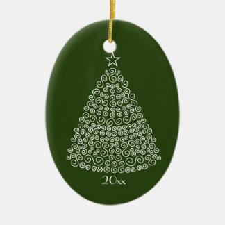 白く渦巻形のなクリスマスツリーのイメージのオーナメント セラミックオーナメント