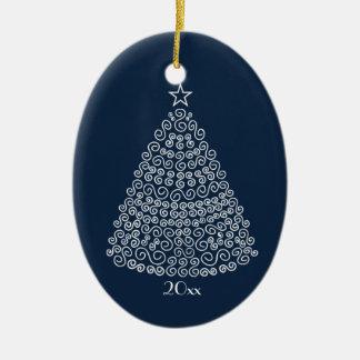 白く渦巻形のなクリスマスツリーのイメージの青いオーナメント セラミックオーナメント