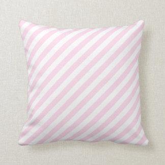 白く、淡いピンクの縞 クッション