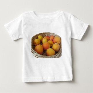 白のかごの新しい杏子 ベビーTシャツ