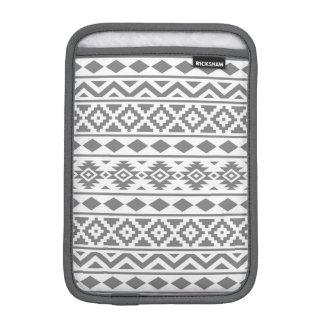 白のアステカな本質パターンIII灰色 iPad MINIスリーブ