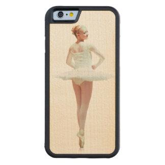 白のバレリーナ CarvedメープルiPhone 6バンパーケース