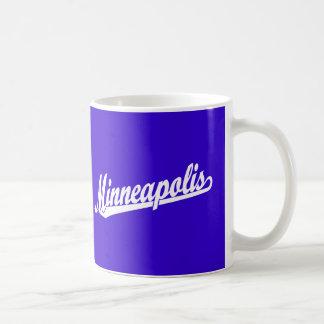 白のミネアポリスの原稿のロゴ コーヒーマグカップ