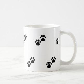 白の犬の足 コーヒーマグカップ