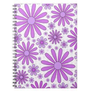 白の紫色のフラワーパワーのノート ノートブック