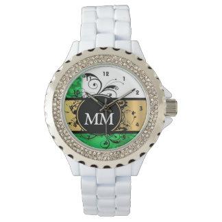 白の緑および黒いモノグラム 腕時計