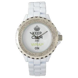 白の腕時計の平静そして細い覆いを保って下さい 腕時計