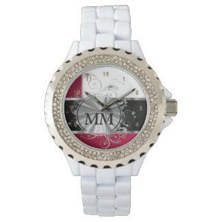 白の赤く、銀製のモノグラム 腕時計