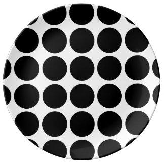 白の黒い水玉模様 磁器プレート