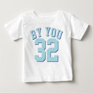 白及び水のベビー|のスポーツのジャージーのデザイン ベビーTシャツ
