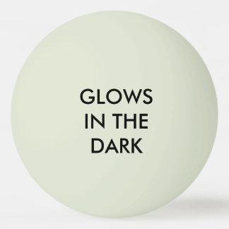 """-白熱暗い""""緑の""""ピンポン球は光ります 卓球ボール"""