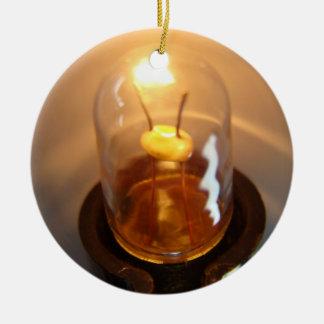白熱[赤熱]光を放つな低電圧の電球 セラミックオーナメント