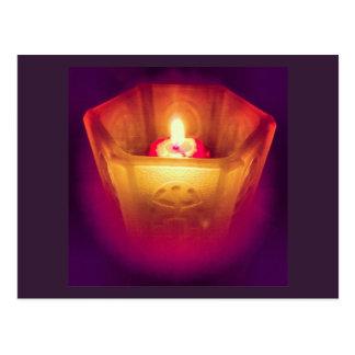 白熱[赤熱]光を放つな蝋燭の郵便はがき ポストカード