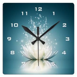 白蓮教の魔法の柱時計 スクエア壁時計