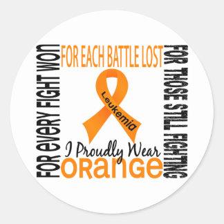 白血病Iは得意気にオレンジ2を身に着けています ラウンドシール