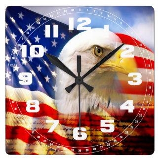 白頭鷲および米国旗 スクエア壁時計