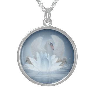 白鳥のファンタジーの芸術及びはす中型の純銀製 スターリングシルバーネックレス