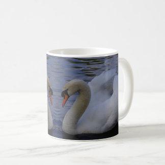 白鳥のマグ コーヒーマグカップ