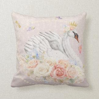 白鳥のBohoの女の子の子供部屋の花の蝶枕 クッション