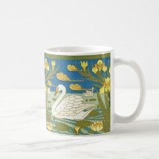 白鳥湖のアールヌーボーのデザインのマグ コーヒーマグカップ