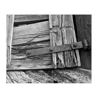 白黒によって風化させる木の蝶番を付けられたゲートのコーナー アクリルウォールアート