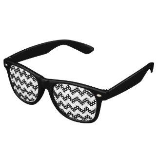 白黒のシェブロン レトロサングラス