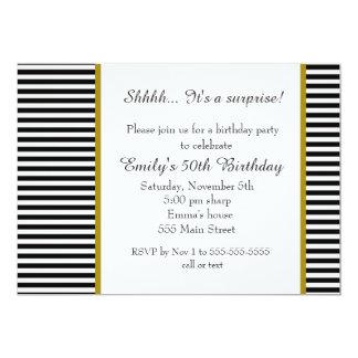 白黒のストライプの大人の誕生日の招待状 カード