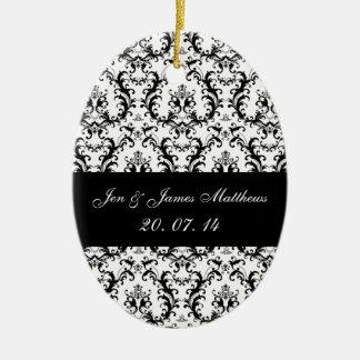 白黒のダマスク織の結婚式の好意のオーナメント セラミックオーナメント