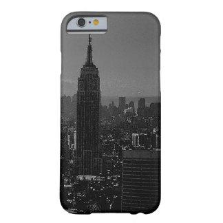 白黒のニューヨークシティのiPhone6ケース Barely There iPhone 6 ケース
