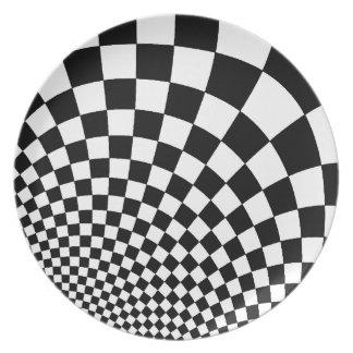 白黒のパンクによって歪められるレトロのチェッカーボード プレート