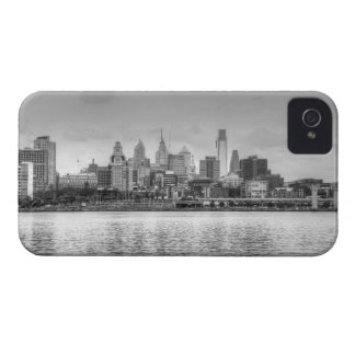白黒のフィラデルヒィアのスカイライン iPhone 4 カバー