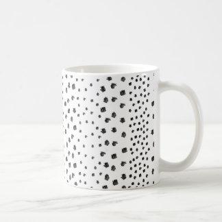 白黒のブラシの点 コーヒーマグカップ