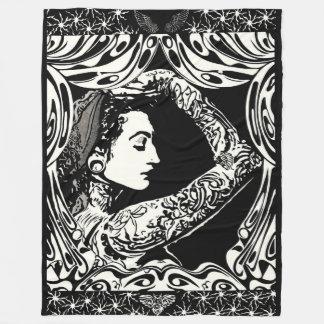 白黒の入れ墨されたジプシーの女性 フリースブランケット