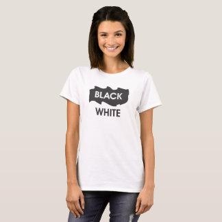 白黒の文字のイメージ Tシャツ