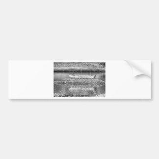 白黒の洪水から去られる バンパーステッカー