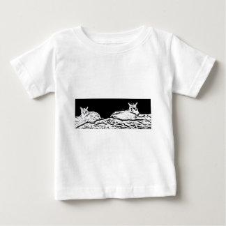 白黒の猫 ベビーTシャツ