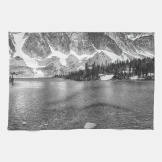 白黒の薬のbow湖の眺め キッチンタオル