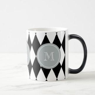 白黒の道化師パターン、灰色のモノグラム モーフィングマグカップ