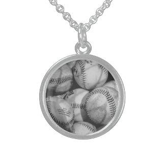 白黒の野球 スターリングシルバーネックレス